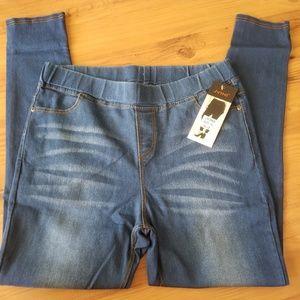 NWT Jvini Blue Denim 5 Pocket Jeggings